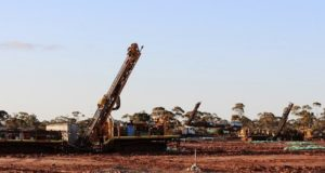 Breaker Resources ASX BRB gold Bombora Lake Roe project drill rig