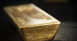 Newmont Mining Goldcorp bid world's largest gold producer Barrick Randgold