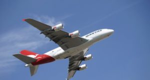 Vonex ASX VN8 quarterly results Qantas partnership revenue PBX users