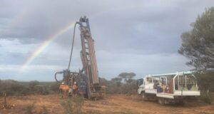 Middle Island Resources ASX MDI Sandstone Gold project Western Australia drilling