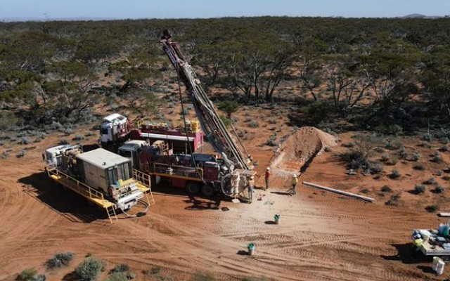 Investigator Resources ASX IVR Paris silver project South Australia drilling