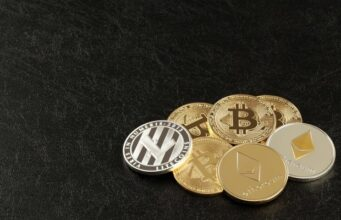 Cryptocurrency The Ultimate Guide Bitcoin Ethereum Litecoin Stablecoins CBDC